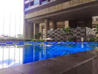 dolphin-plaza-2