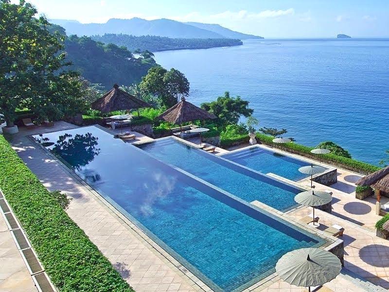 Bể bơi vô cực Amankila:Bali, Indonesia