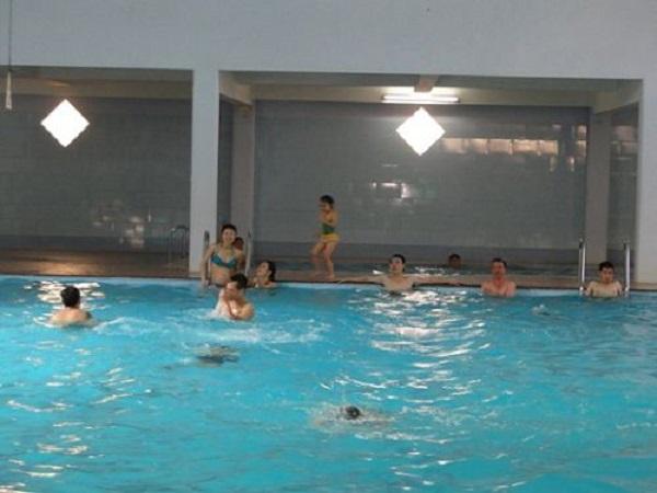 bể bơi Giảng Võ